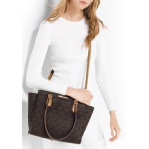 $358 NWT Michael Kors Lg Dee Dee Satchel Shoulder